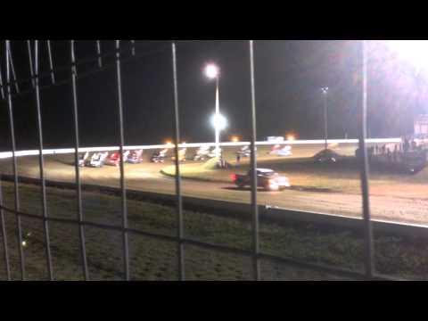 World of Outlaw Feature Start Deer Creek Speedway