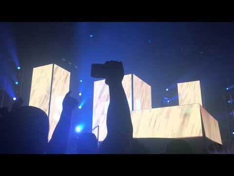 Marshmello ft. Bastille - Happier LIVE at FREAKNIGHT 2018