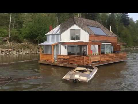 MacGyver Floating Home houseboat has been renovated!
