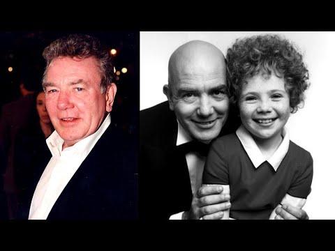 'Annie' Star Albert Finney Dies at 82 Mp3