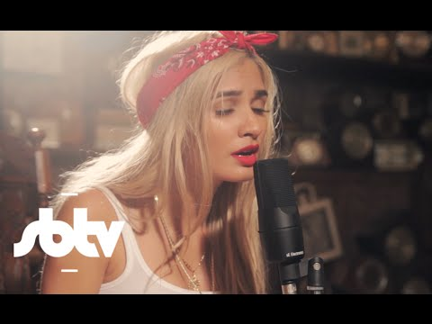 "Pia Mia | ""Red Love"" (Acoustic) - A64 [S9.EP35]: SBTV"