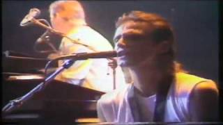 Dire Straits - Money for Nothing LIVE at Wembley 1985