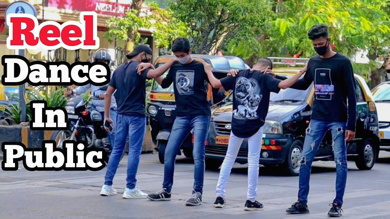 Funny Reel Group Dance In Public😂 || First Time In India || By Hilarious Trends