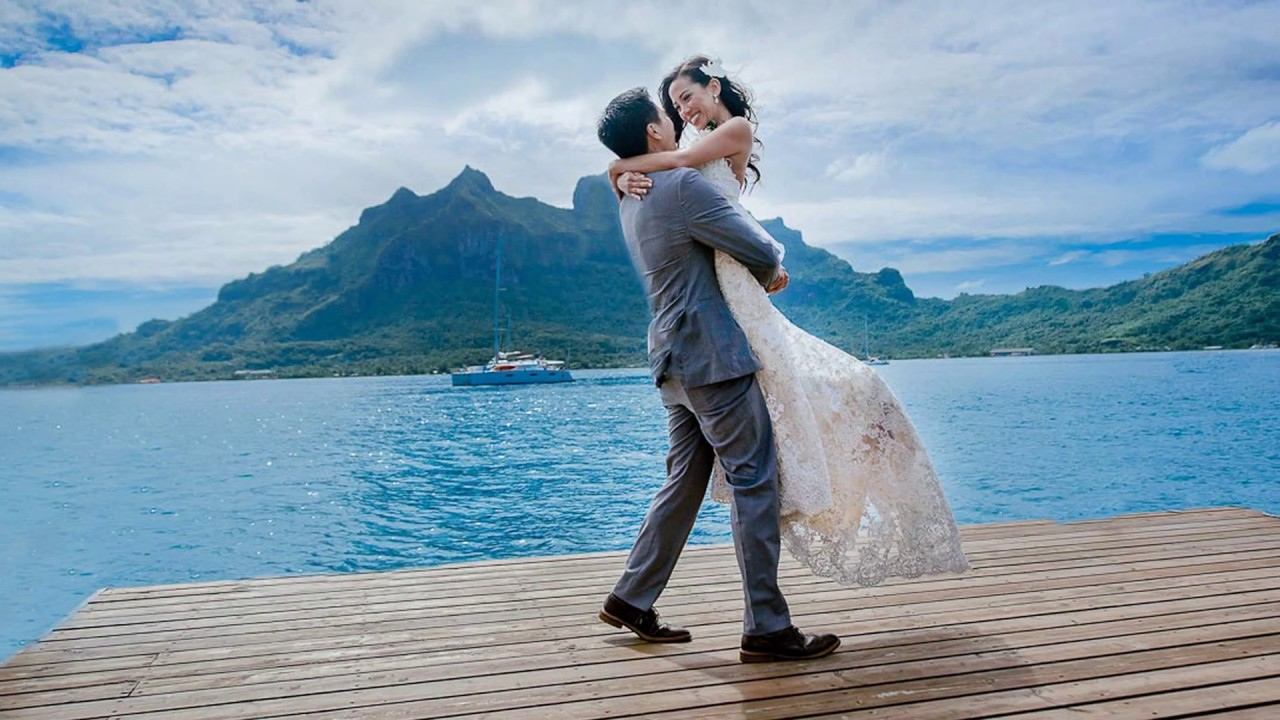 Bora bora wedding ceremony youtube bora bora wedding ceremony junglespirit Choice Image