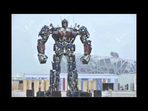 40 foot Optimus Prime in Beijing