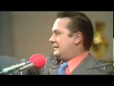 Cabaretier laat publiek 'Sieg Heil' zeggen