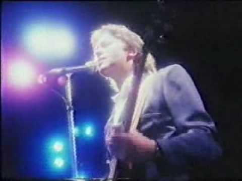 10CC IT DOESNT MATTER AT ALL HTV 1980