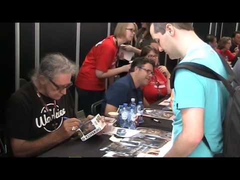 Proof Peter Mayhew - West Side Autographs