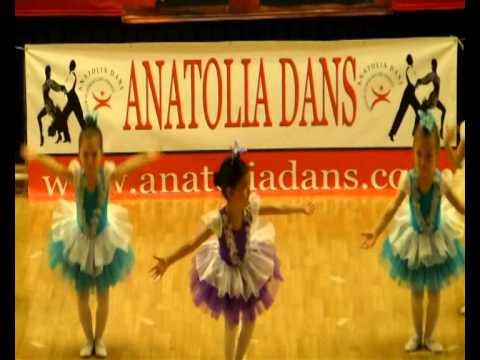 Anatolia Dans Bale Gösterisi