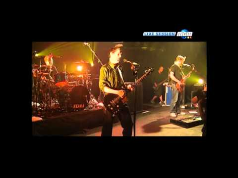 Muse - Thoughts of a Dying Atheist live @ Le Trabendo Paris 2003