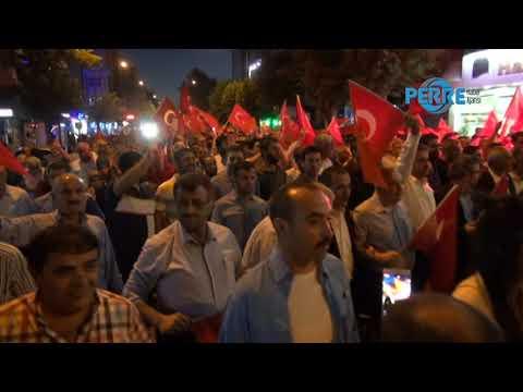 15 Temmuz Kutlaması Türk Bayraklı Meşale Yürüyüşüyle Başladı