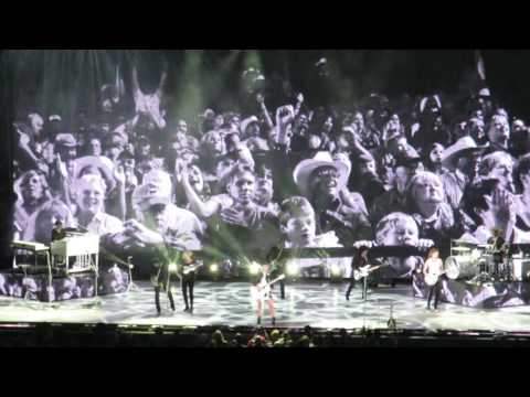 Dixie Chicks at the Hollywood Bowl Mississippi Oct. 10, 2016