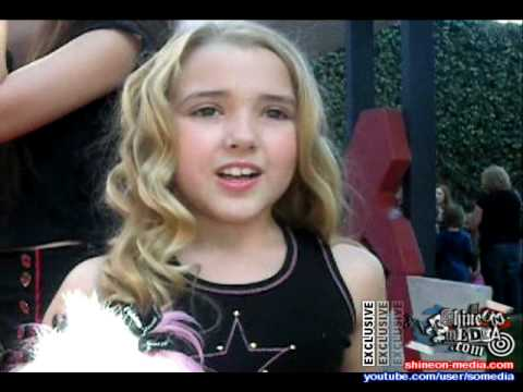Sophie Texeira and Emily Grace Reaves give Hollywood Teen ... |Emily Reaves 2014