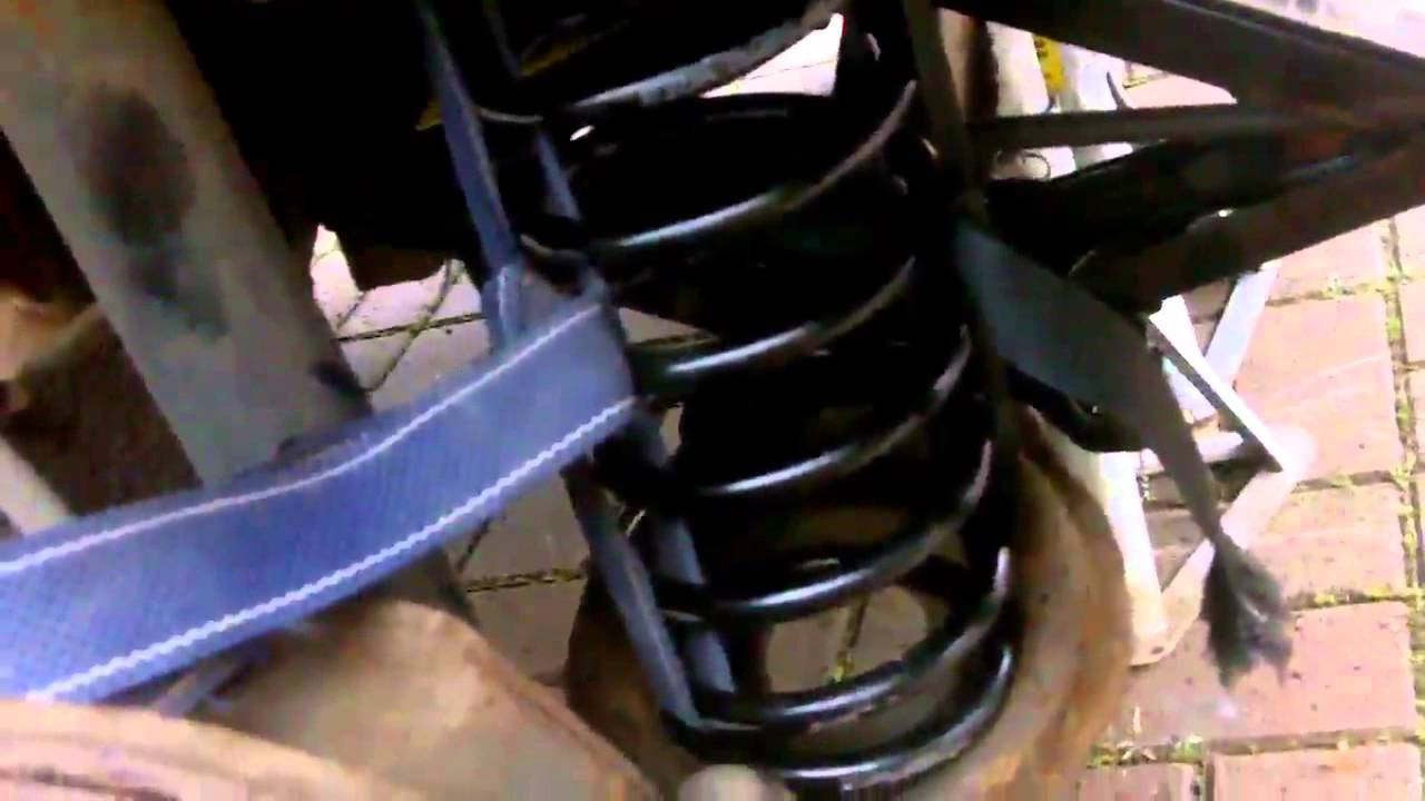 Replacing a rear spring on a ford focus mk2  YouTube