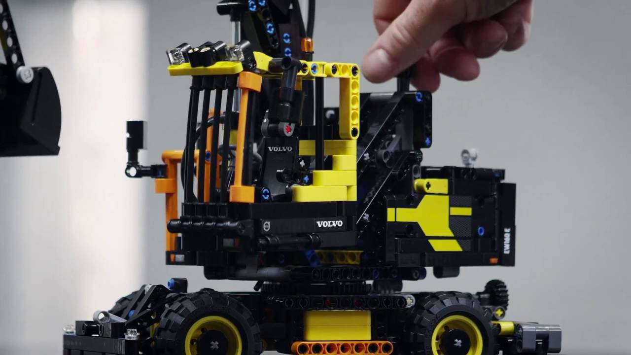 designer workshop designer workshop volvo ew160e lego technic videos youtube. Black Bedroom Furniture Sets. Home Design Ideas