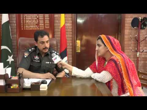 SSP Hyderabad pir Muhammad Shah talking Ume Alisha about security situation