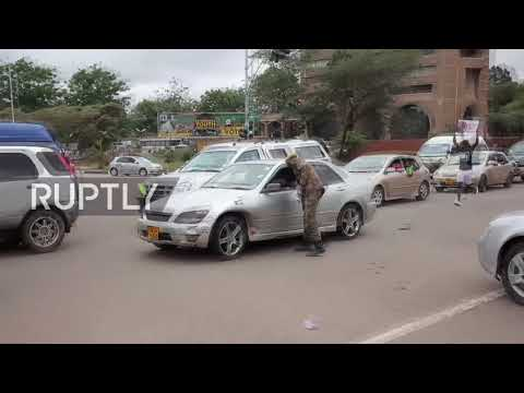 Zimbabwe: Tens of thousands demand Mugabe step down in Harare