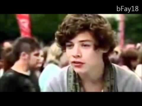 ONE DIRECTION - ANGUS THONGS AND PERFECT SNOGGING TRAILER - YouTube