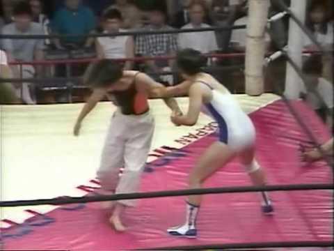 AJW - Mayumi Yamamoto vs Tomoko Watanabe