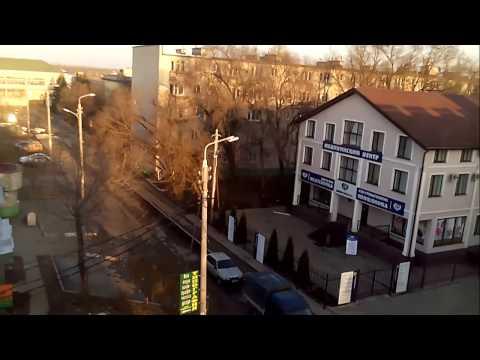 Невинномысск, Гагарина 5 ,Дети в мусорке ,Налоговая ,Мед Центр ,В центре города.