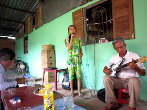 11 tuổi ca nhạc tài tử: BÌNH BÁN CHẤN - Conhacvietnam.com