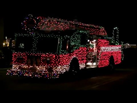 2015 Electric Christmas Parade: Downtown St. Charles Partnership: St. Charles, Illinois