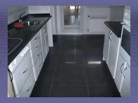 Cambio de suelo por uno porcelanico de mayor formato sin - Suelos para cocinas ...