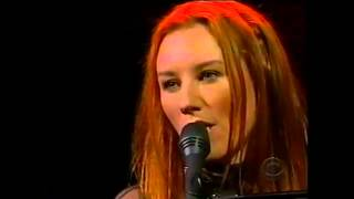 Tori Amos Time 18 September 2001