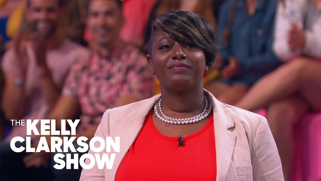 Mom's Job Fair For Household Chores Goes Viral | The Kelly Clarkson Show