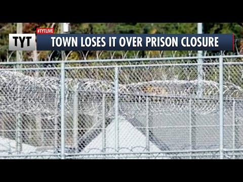 """Happy Little Prison Town"" Fights Prison Closure"