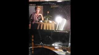 Watch Anne Murray Good Old Song video