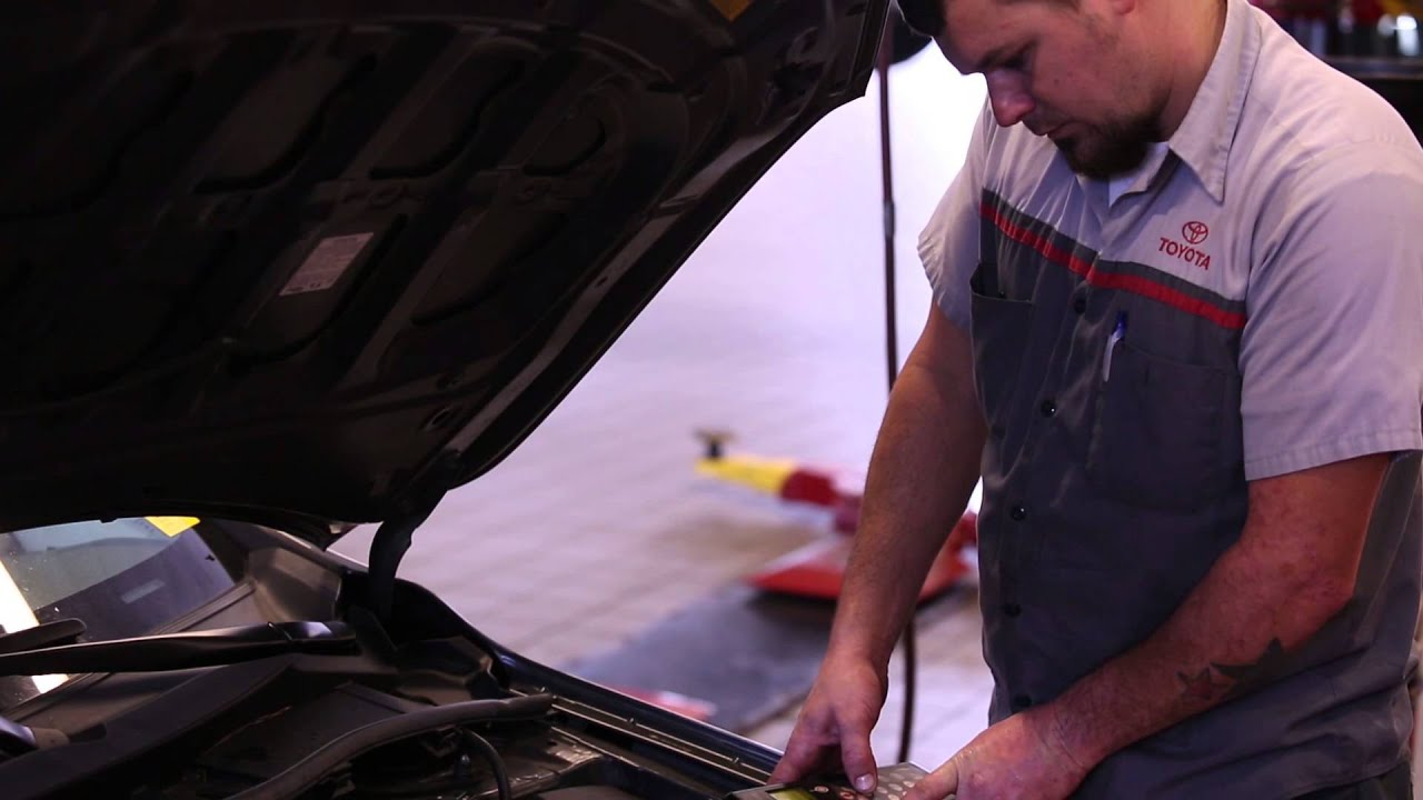 Toyota Service Cleveland, TN | Oil Change Cleveland, TN
