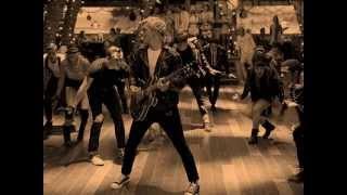Teen Beach Movie - Cruisin' for a Bruisin' (Lyrics on Screen)