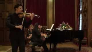 """Download Pablo Sarasate - """"Melodii lautaresti"""". Mircea Dumitrescu si vioara Stradivarius la Castelul Peles"""