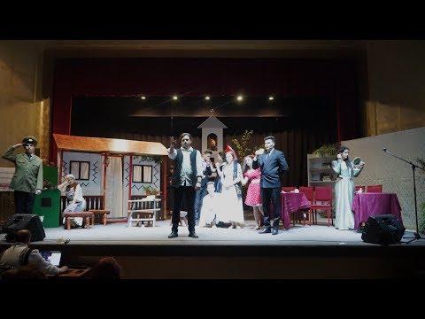 """Trupa de teatru """"Haris"""" - Un bulgăre de humă"""