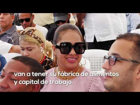 Visita Sorpresa de Danilo dinamizará economía Licey al Medio con crédito solidario, donación procesadora, tractor y camión a porcicultores