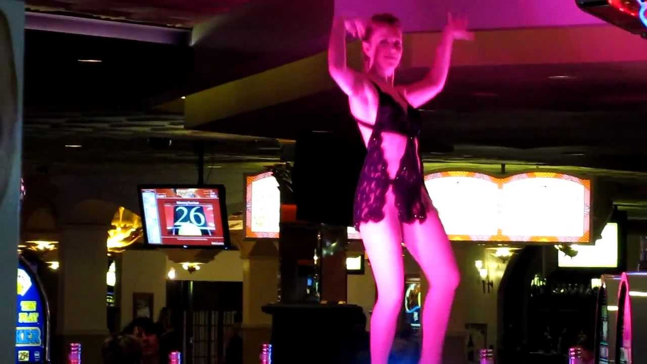 cocktail waitress entertainer dancing at the rio in las vegas cocktail waitress entertainer dancing at the rio in las vegas