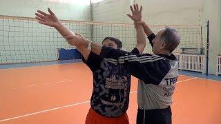 Волейбол.  Нападающий удар. Обучение. Замах и удар