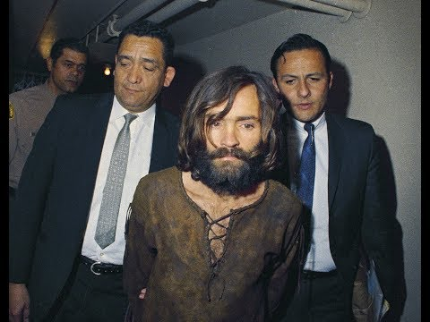 Kern court commissioner to rule on fight over Charles Manson's body