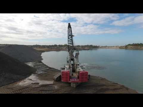 Sand Dredge Link-Belt 308 Crawler Crane Tossing Buckets