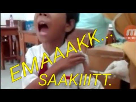 KOCAK!!! Teriak Takbir Siswa SD kaya mau di suntik mati..