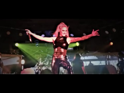 Butcher Babies- Monsters Ball live