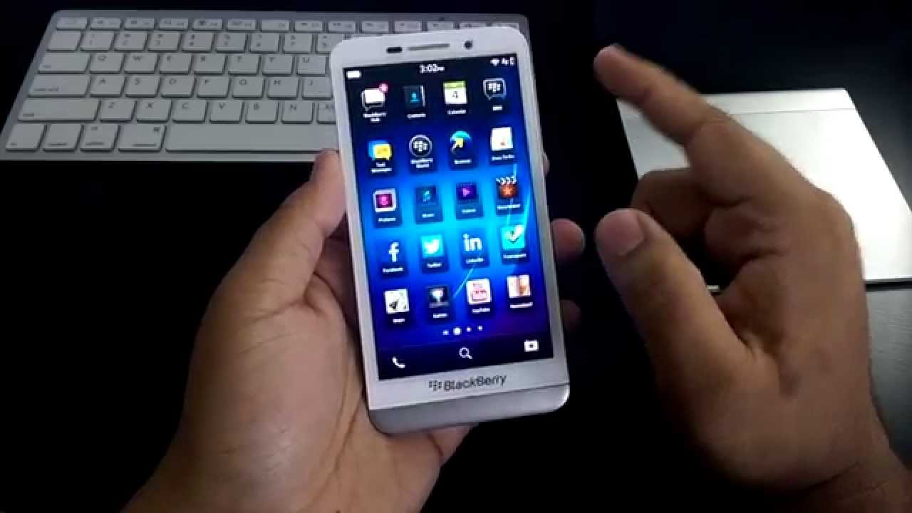 BlackBerry Z30 unboxing white (first impressions)