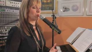 How to Heal a Hoarse Voice | Vocal Lessons
