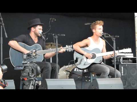 Mads Langer live acoustic - HEARTQUAKE - live for Danish radio braodcast Tønder Festival 2013