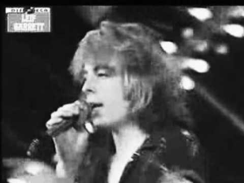 Leif Garrett Sings