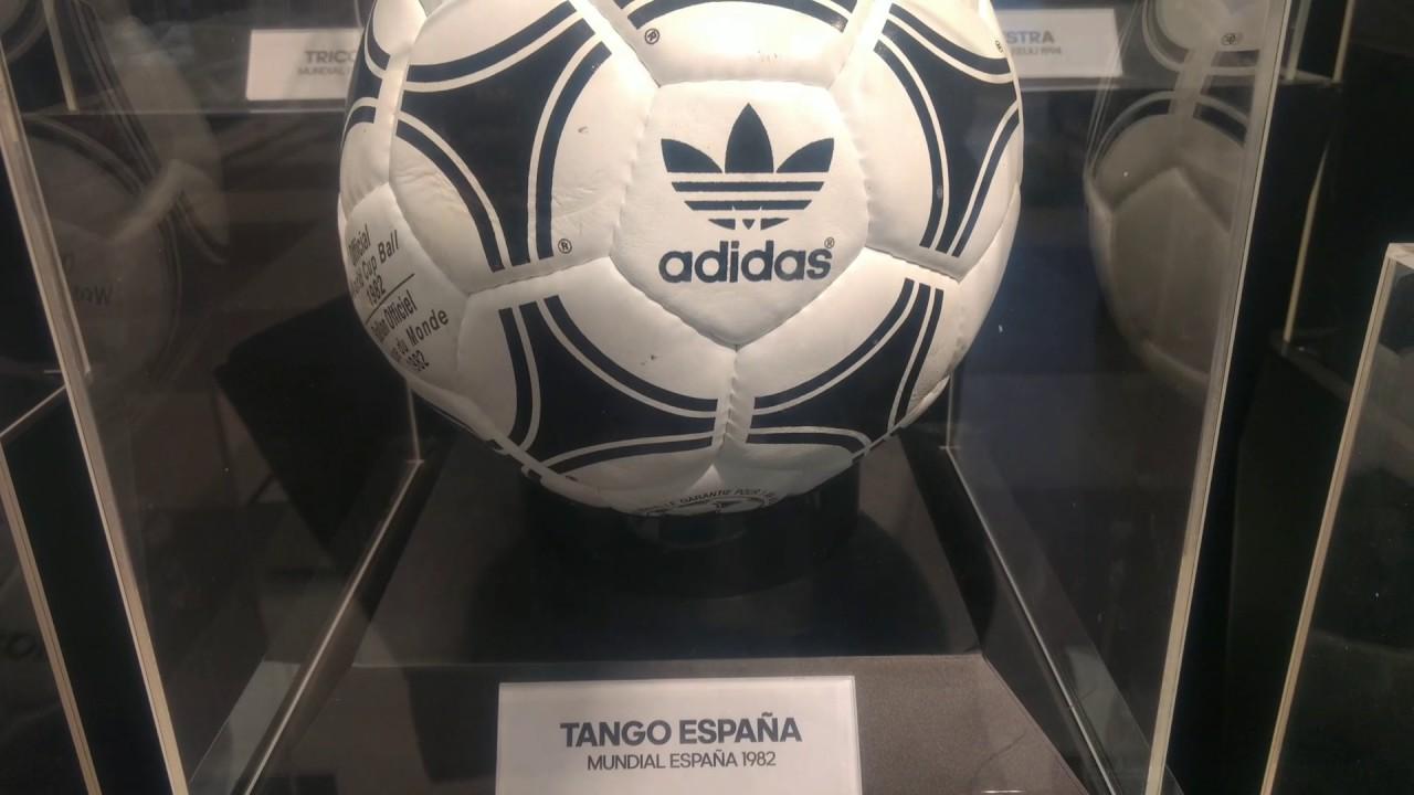 Colección de Pelotas Adidas de Mundiales de Fútbol 1974 - 2017 - YouTube 906602e600578