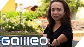 10 Fragen an eine Kleinwüchsige | Galileo | ProSieben