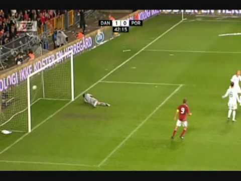 Nicklas Bendtner Danmark 1-0 Portugal Flemming Toft på TV2 (Årets mål)