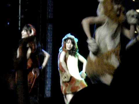AKB48 @ Webster Hall - Ame no Doubutsuen